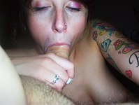 Emo girlfriend exposed tits and blew me
