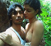 Amature Latin girl plays with hairy cunt