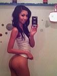 Teen girls expose beauty on selfshots