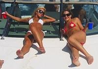 Teen whores doing wide legs spread