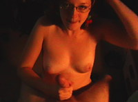 Her amateur mouth is great for blowjob