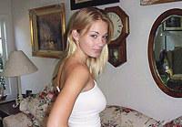 Blonde girl sends me amazing photos