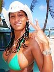 Tanned latina slut posing on vacation