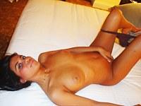 Sexual Latina arousing on webcam
