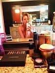 Kaley Cuoco Naked (4 Photos)