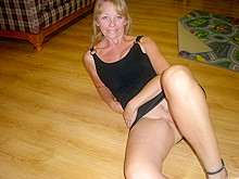 Mature amateur neighbor with a wet slit