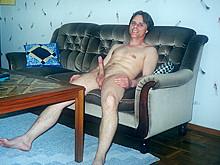 Me nude