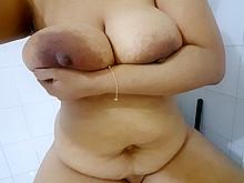 Pakistani big boobs wife