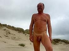 Nude me