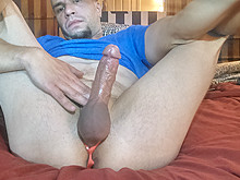 Small flaccid cock gets hard